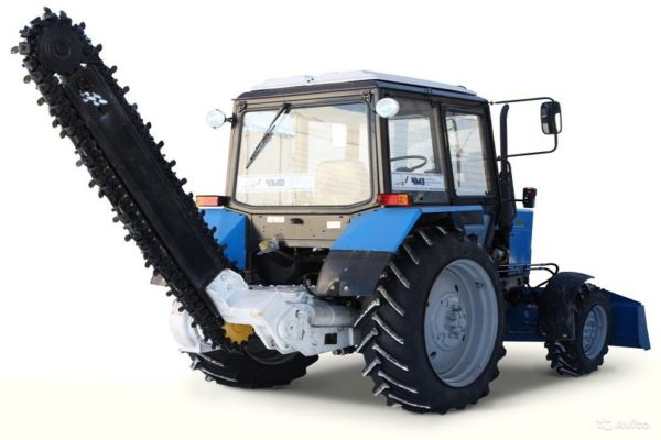 трактор с грунторезом